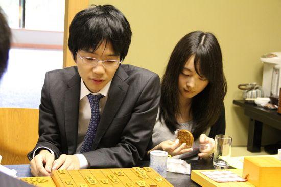 [ #shogi ] 豊島七段が三強に挑む「第7回朝日杯将棋オープン戦」決勝・準決勝